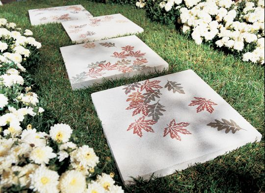 30 Beautiful DIY Stepping Stone Ideas to Decorate Your Garden --> Stepping Stone Walkway Design with Autumn Leaves