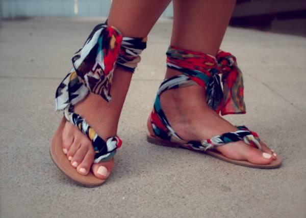 DIY Refashion Flip Flops into Stylish Sandals
