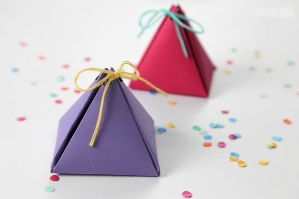 How-to-DIY-Easy-Mini-Gift-Box-10.jpg