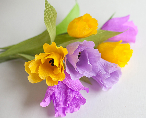 How to make beautiful paper flowers part 1 360talkatives thats why they are very popular for decoration there are many creative ways to make beautiful crepe paper flowers mightylinksfo