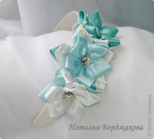 How-to-Make-Pretty-Satin-Ribbon-Hairband-15.jpg