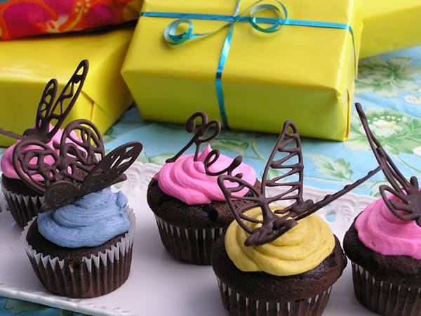 Chocolate Cupcake Decor Ideas : How To Make Chocolate Butterfly Cupcake Decorations DIY ...