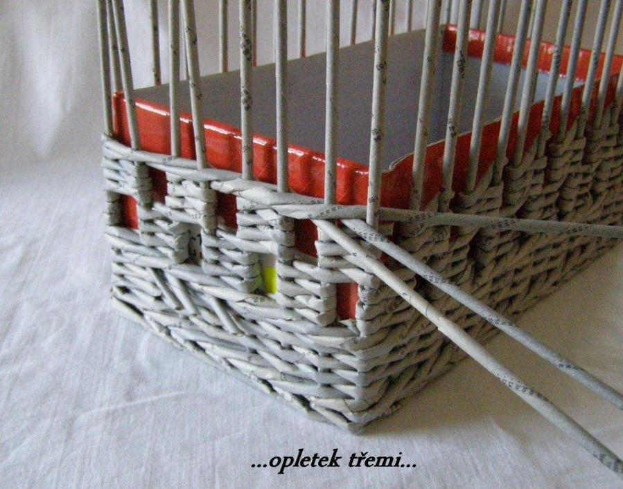 Handicraft Newspaper Basket : How to weave a unique diy storage basket from old newspaper