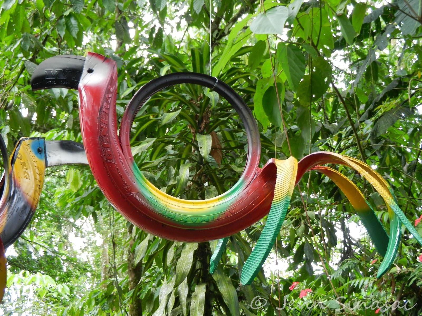 40+ Creative DIY Ideas to Repurpose Old Tire into Animal Shaped Garden Decor --> Tire Bird