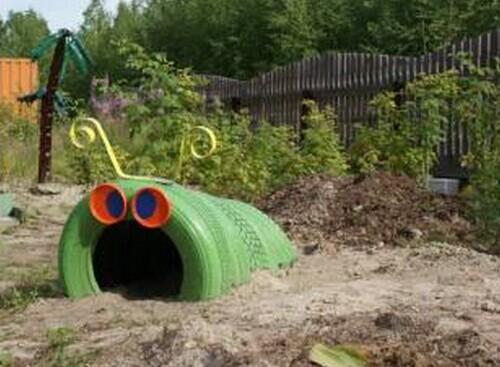 40+ Creative DIY Ideas to Repurpose Old Tire into Animal Shaped Garden Decor --> Tire Caterpilla