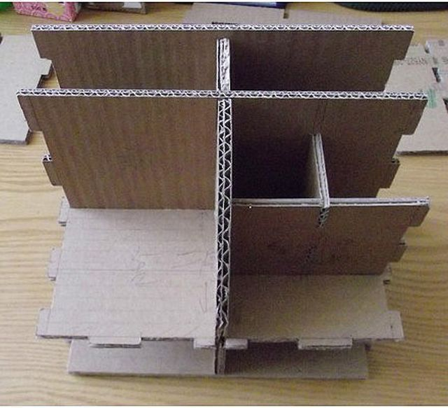 How-to-DIY-Cardboard-Desktop-Organizer-with-Drawers-2.jpg