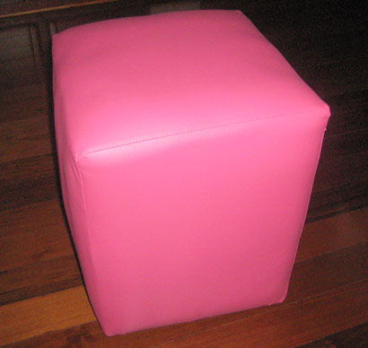 How-to-Make-a-Nice-DIY-Ottoman-from-Plastic-Bottles-11.jpg