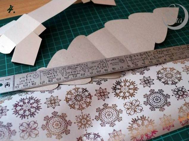 Creative Ideas - DIY Cute Christmas Tree Gift Box 5