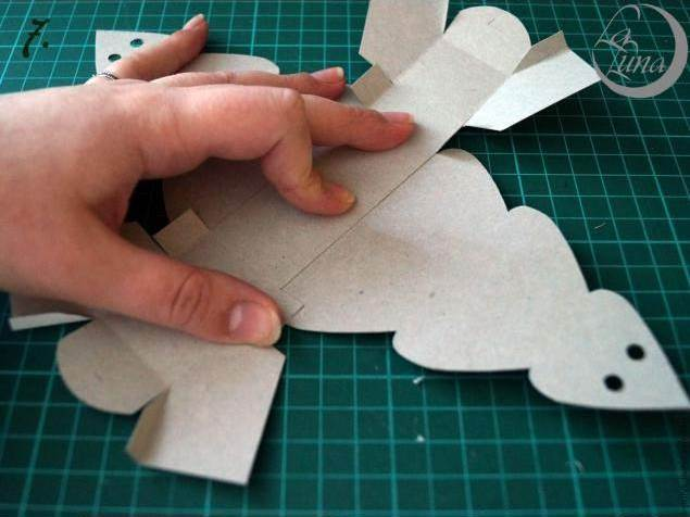 Creative Ideas - DIY Cute Christmas Tree Gift Box 8