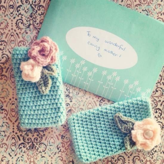 Free Crochet Pattern For I Phone Case : 30 Stylish DIY Crochet Phone Cases iCreativeIdeas.com