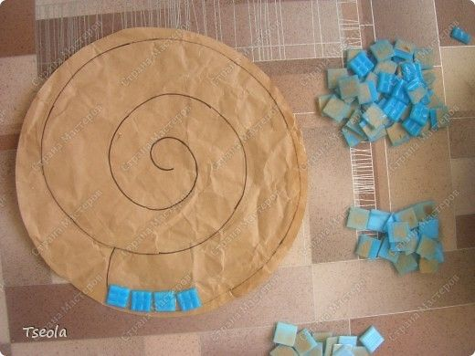 DIY Mosaic Tile Garden Stepping Stones 2