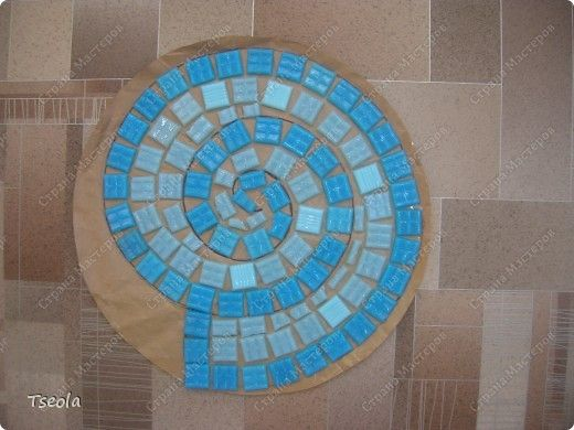 DIY Mosaic Tile Garden Stepping Stones 3