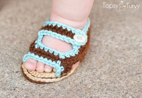 60+ Adorable and FREE Crochet Baby Sandals Patterns --> Crochet Baby Summer Sandals