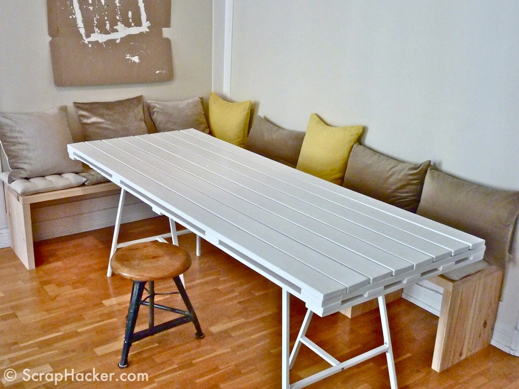40 creative pallet furniture diy ideas and projects for Homemade dining room table ideas