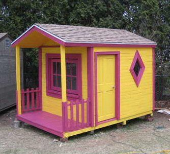 30+ Creative Pallet Furniture DIY Ideas and Projects --> DIY Pallet Playhouse