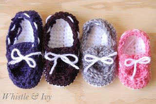 40+ Adorable and FREE Crochet Baby Booties Patterns --> Baby Boat Booties