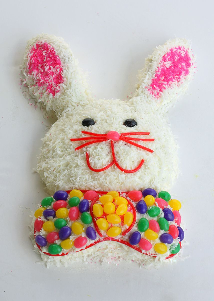 18 Creative and Sweet Ideas for Easter Bunny Cake