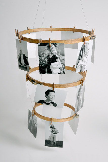 35+ Creative DIY Ways to Display Your Family Photos --> Embroidery Hoop Photo Display