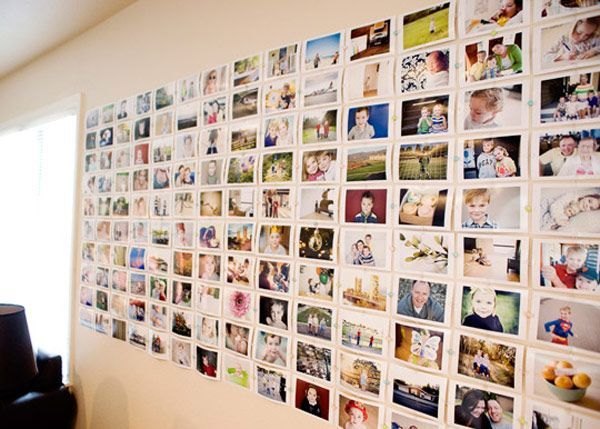 35+ Creative DIY Ways to Display Your Family Photos --> DIY Cheap and Easy Photo Wall