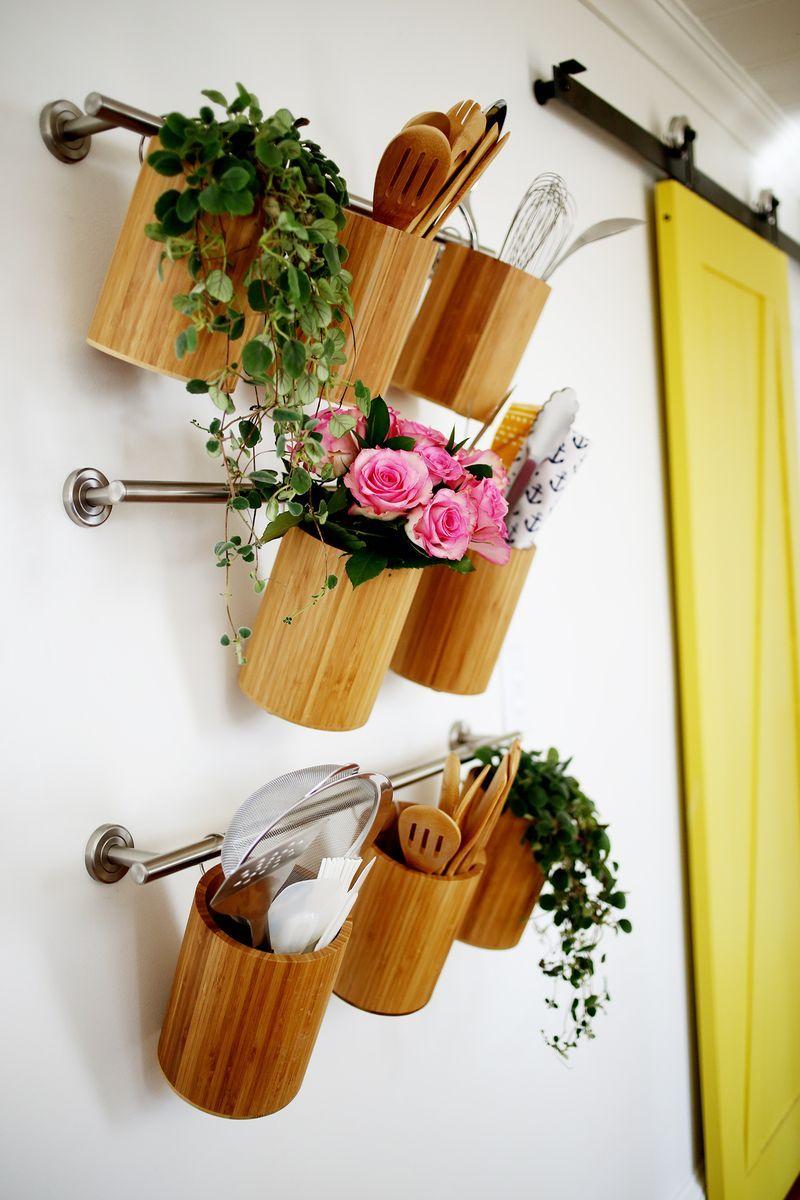 40+ Organization and Storage Hacks for Small Kitchens --> DIY Vertical kitchen organization