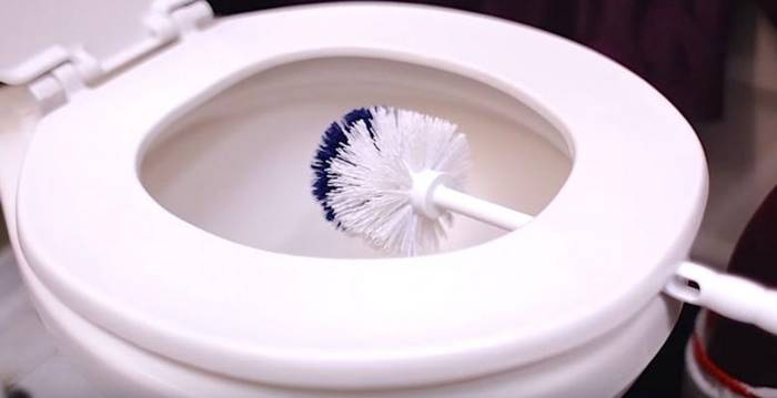 Cleaning Tips - How To Clean The 5 Nastiest Things In Your Bathroom