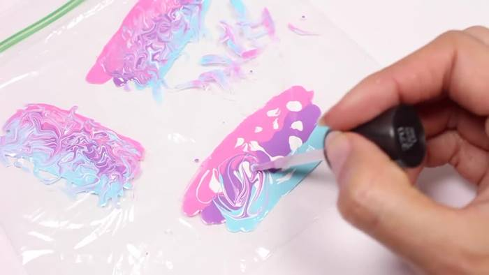 Creative Ideas - DIY Water Marble Nail Stickers With A Plastic Bag