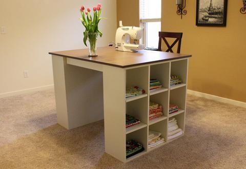 25+ Creative DIY Projects to Make a Craft Table --> DIY Craft table Using Cubby Shelves
