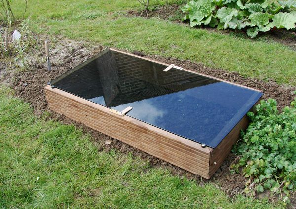 How to Build an Unheated Movable Seed Starting Greenhouse
