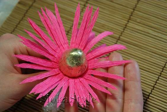 DIY Chocolate Gerbera Flower Bouquet 10