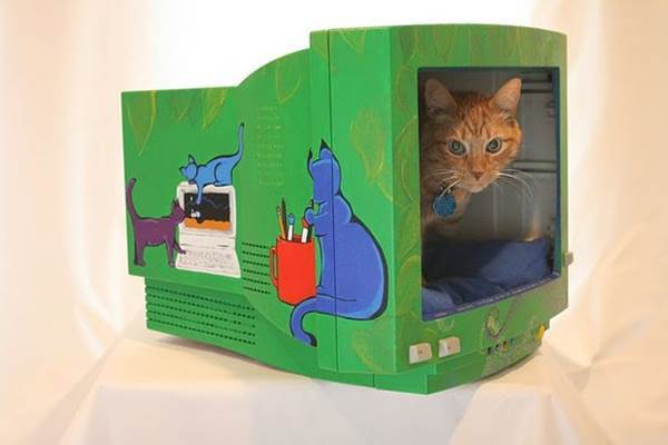 10 Creative Ways to Repurpose Your Old Tech Products --> Cat Bed from a Computer Monitor