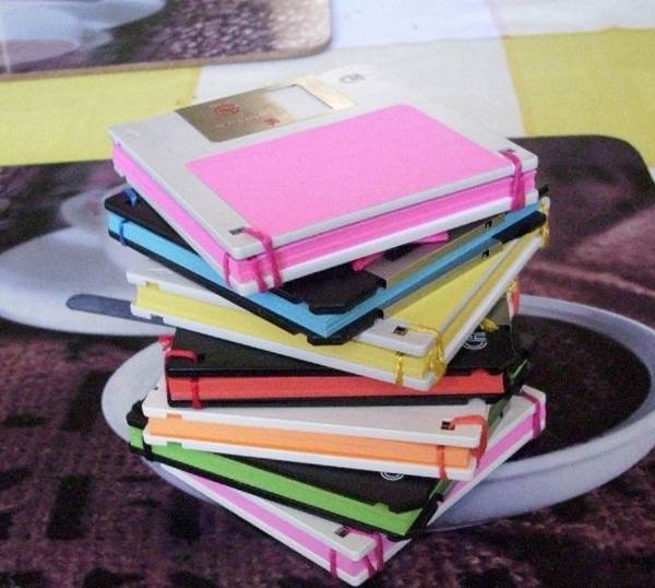 10 Creative Ways to Repurpose Your Old Tech Products --> Notebook from old Floppy Disks
