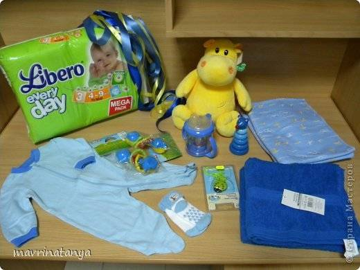 DIY Hippo on the Bike Diaper Gift Step 1