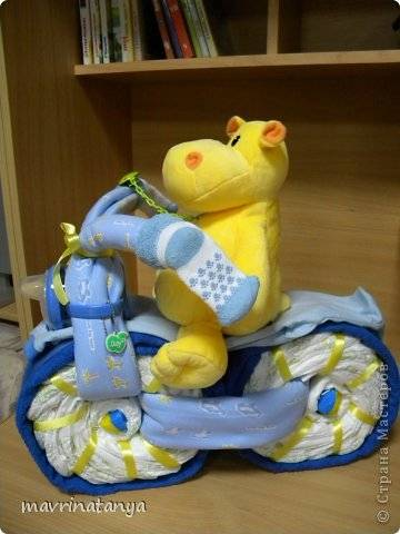 DIY Hippo on the Bike Diaper Gift Step 19