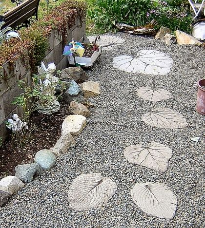 30 Beautiful DIY Stepping Stone Ideas to Decorate Your Garden --> Leaf Stepping Stones
