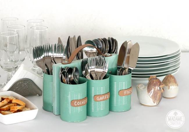 DIY Cutlery Holder from Tin Cans and Wood 3