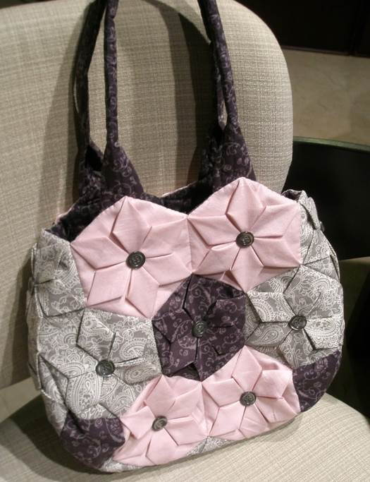DIY-Origami-Lotus-Flower-Patchwork-Handbag-39.jpg