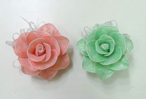 DIY-Roses-from-Plastic-Garbage-Bag-1.jpg