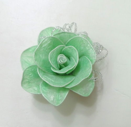 DIY-Roses-from-Plastic-Garbage-Bag-7.jpg