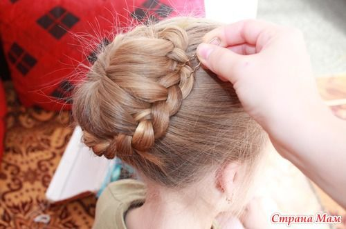 DIY Unique Braided Bun Hairstyle 11