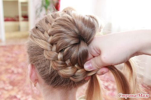 DIY Unique Braided Bun Hairstyle 8