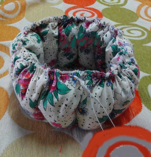 DIY Cute Little Storage Basket with Old CDs 6