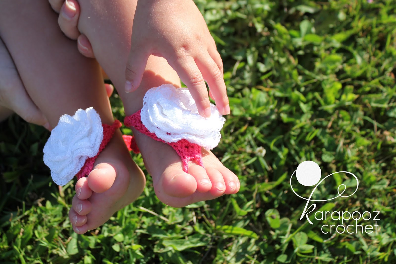 60+ Adorable and FREE Crochet Baby Sandals Patterns --> Baby Barefoot Crochet Sandals