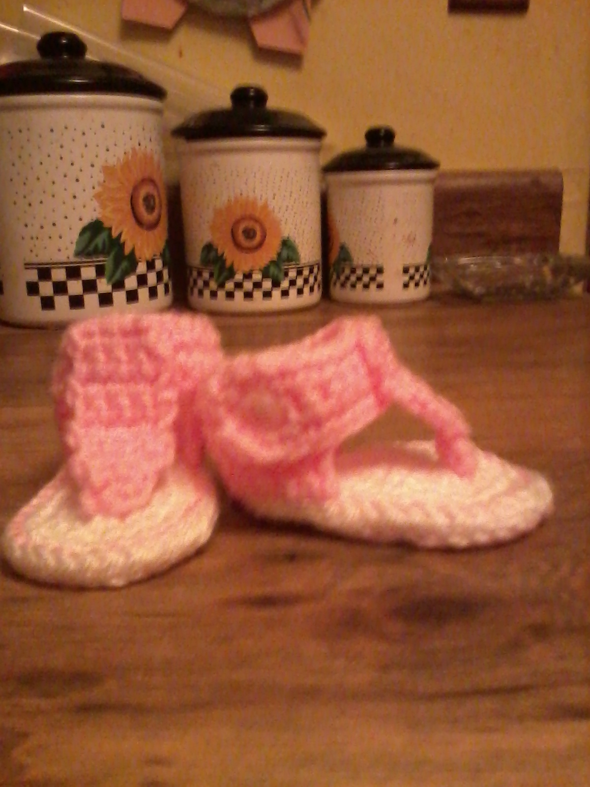 60+ Adorable and FREE Crochet Baby Sandals Patterns --> Baby Gladiator Sandals