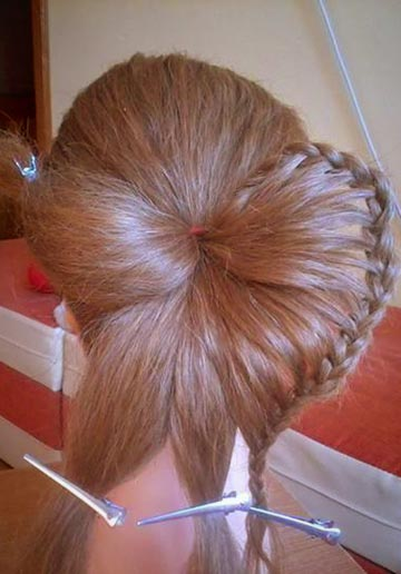 How-to-DIY-Butterfly-Braid-Hairstyle-3.jpg
