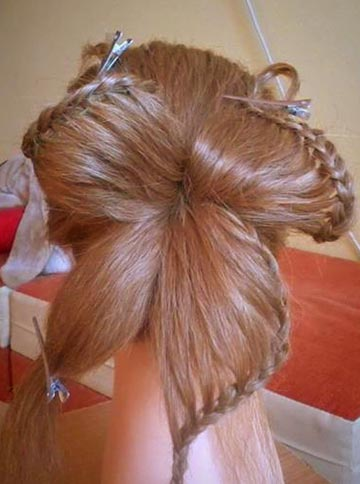 How-to-DIY-Butterfly-Braid-Hairstyle-5.jpg