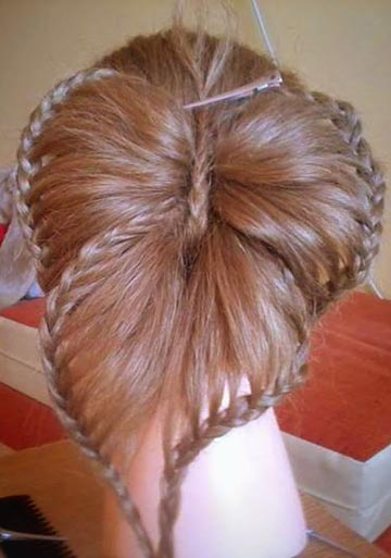 How-to-DIY-Butterfly-Braid-Hairstyle-7.jpg