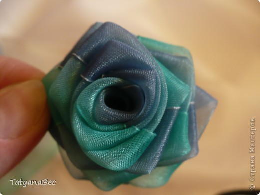 How-to-DIY-Chiffon-Ribbon-Rosette-10.jpg