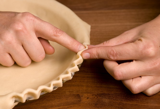 How-to-DIY-Pretty-Decorative-Pie-Crusts-10.jpg
