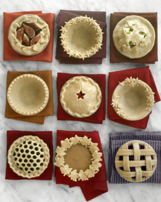 How-to-DIY-Pretty-Decorative-Pie-Crusts-6.jpg