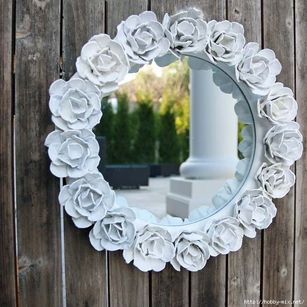 How-to-Make-Pretty-Flower-Mirror-Decoration-from-Egg-Carton-10.jpg